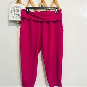 ❤️5/$25 Fabletics Pink Cropped Workout Pants Sz S